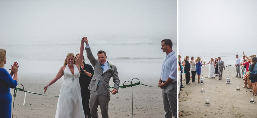 newly married couple oregon coast wedding