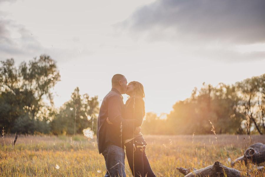 engagement photos by denver wedding photographer dan hand in lakewood colorado