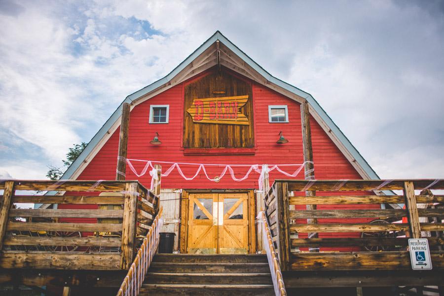 the d-barn longmont wedding venue