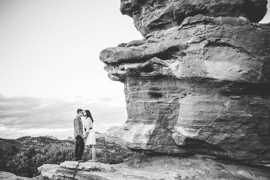 Engagement Photos in Garden of the Gods