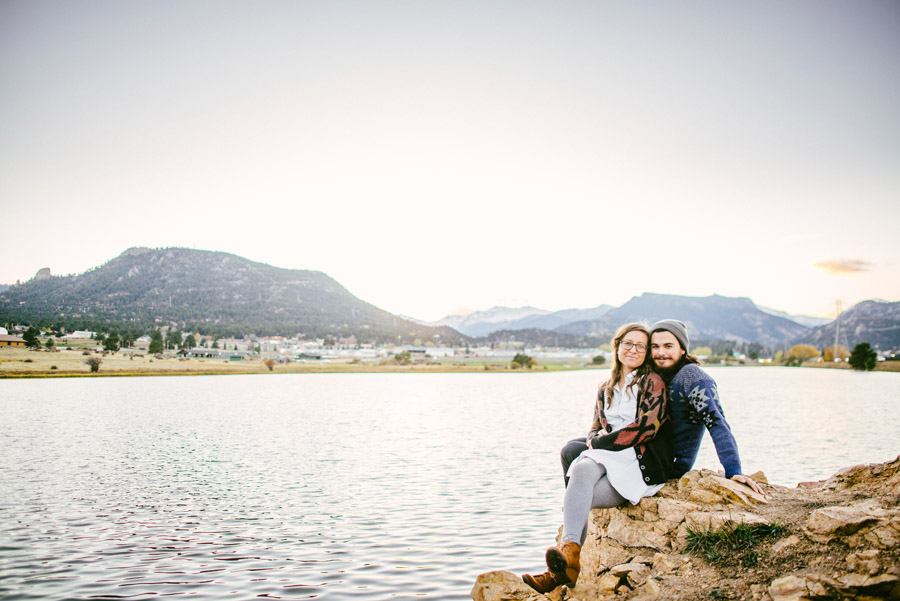 lake estes engagement photo