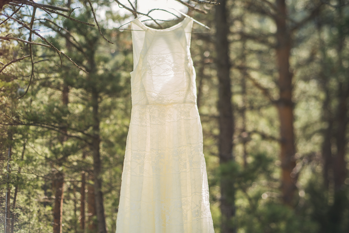 wedding dress details from an estes park wedding