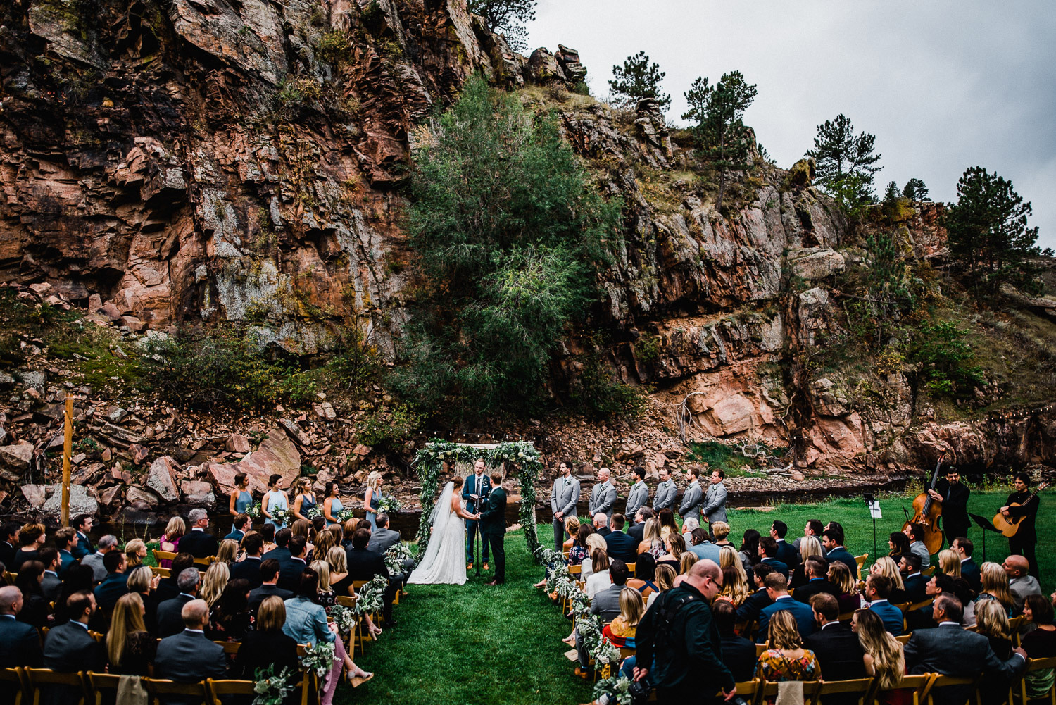 wedding ceremony at the river bend in lyons colorado