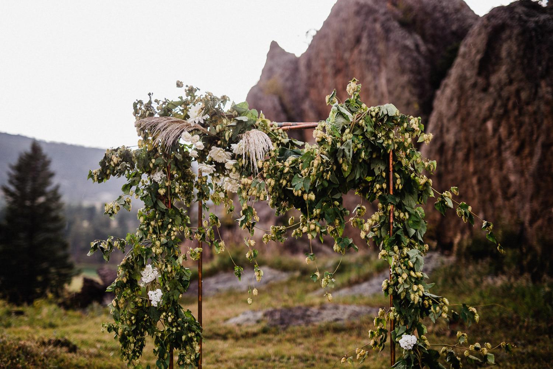 wedding garland made of hop vines